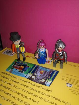 llaveros Playmobil y victoriano