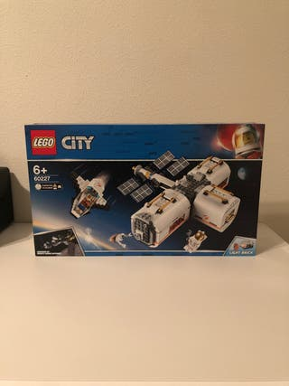 LEGO 60227 - City Space - Estación Lunar