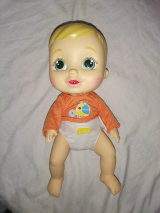 bebe pipi juguete