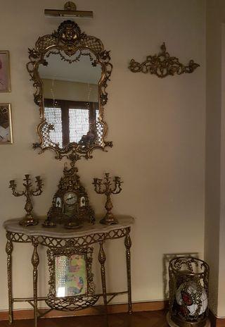Precioso recibidor antiguo de mármol y bronce