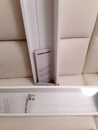 Balda Ikea Mosslanda ,nuevo con embalaje