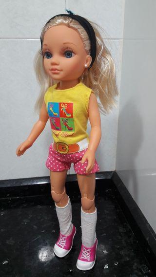 Muñeca Nancy tacones fashion rubia