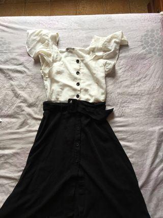 Conjunto falda con crop top