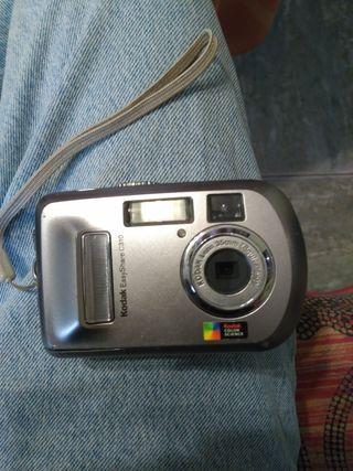 3 cámaras de fotos antiguas