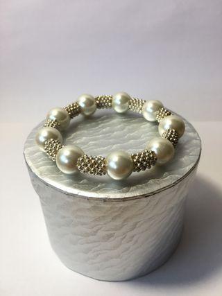Pulsera mujer tipo perlas