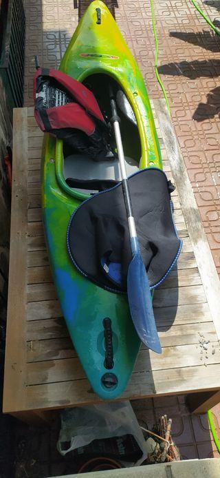 Kayak cubierto