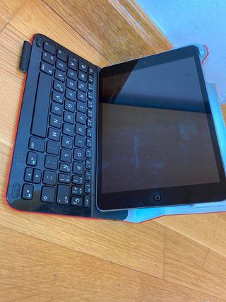 Funda con teclado bluetooth iPad mini