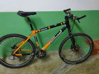 """bicicleta de montaña de 26"""" Cannondale cada 3"""