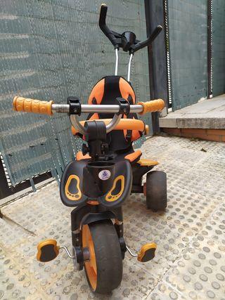 Triciclo infantil evolutivo City de Injusa