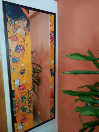 Espejo-cuadro El Beso de Klimt.