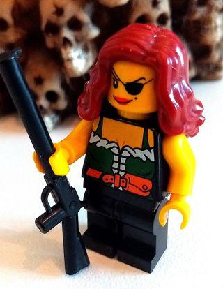10 figurines Lego type