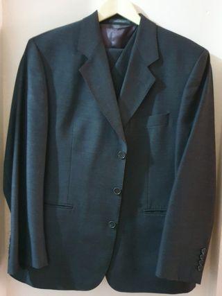 Traje chaqueta gris marengo