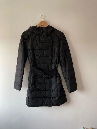 Abrigo Plumón de Camomilla negro talla 38 (España)