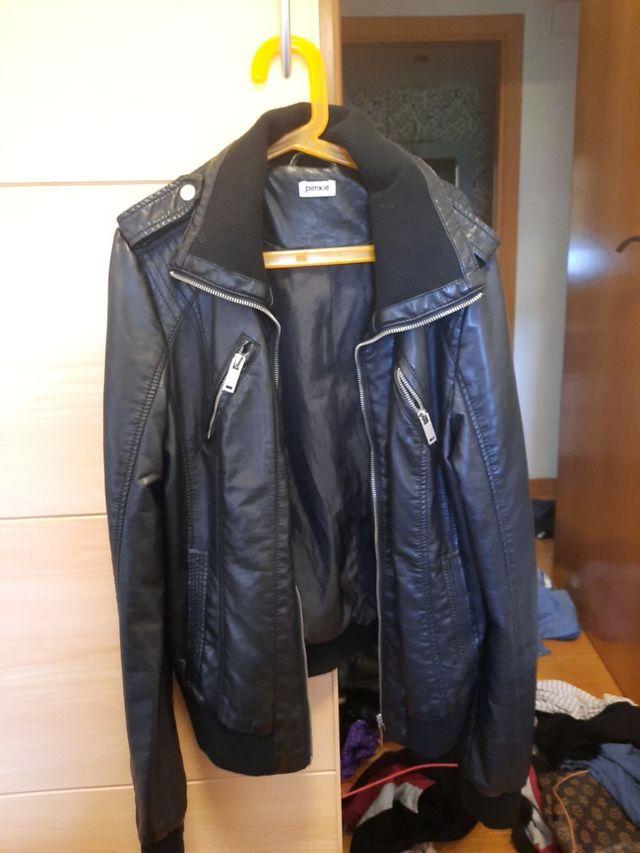 chaqueta de cuero (tienda pimkie)