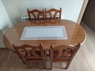 Mesa con cristal y 4 Sillas de comedor provenzal