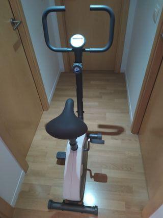 Bicicleta estática VM130