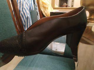 zapatos piel a estrenar señora
