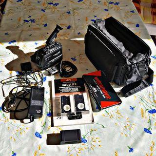 Cámara vídeo JVC y accesorios