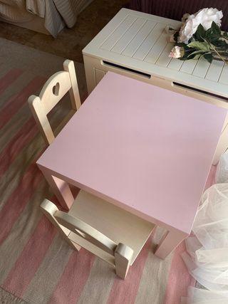 Conjunto sillas y mesa para niña