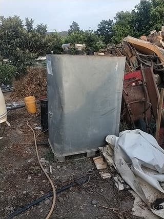 depósito de gasoil forrado en galvanizado