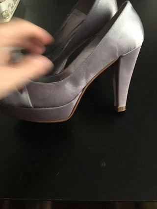 Zapatos fiesta plateados