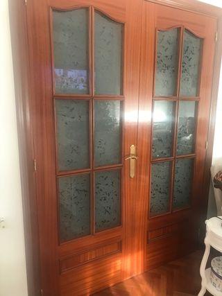 Puertas madera maciza sapelly