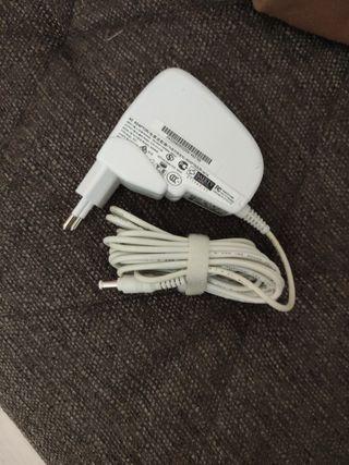 Cargador original 9.5 voltios Asus Eeepc
