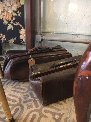 Maletín de médico antiguo, vintage