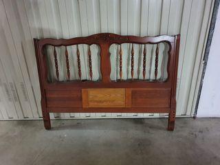 Cama de madera maciza 140
