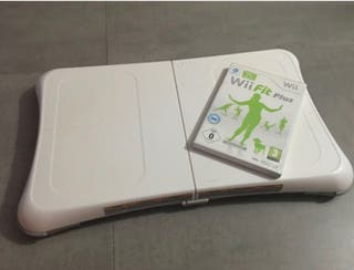WII Balance Board + Wii fit plus