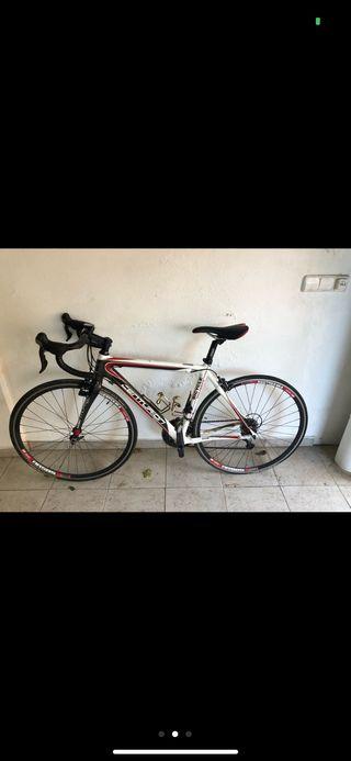 bicicleta de corredor centurion