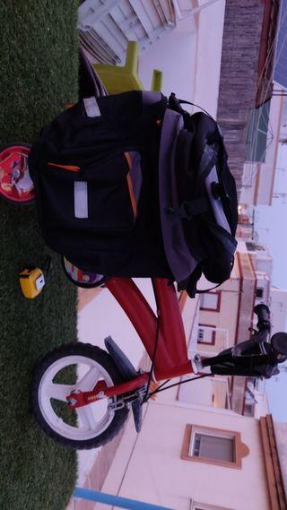 Equipaje trasero de bicicleta. Bolsas de alforja.