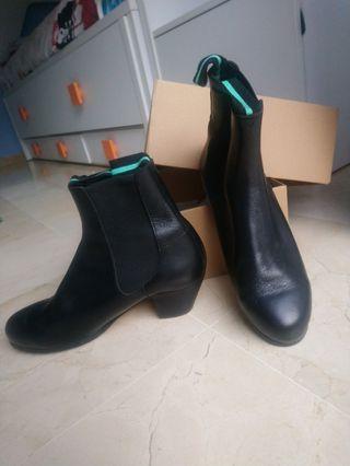 Botos flamenco