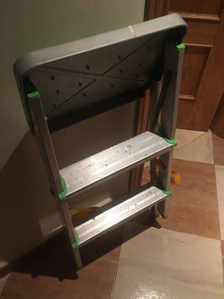 Escalera 3 peldaños plegable