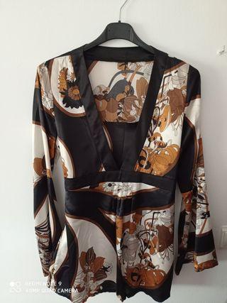 Blusa estilo kimono