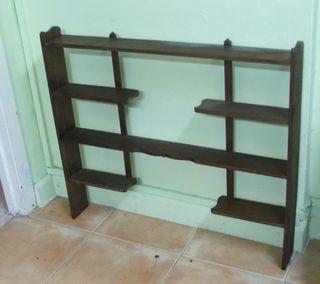 Antigua Estanteria de madera para miniaturas