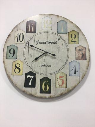 Reloj de pared vintage
