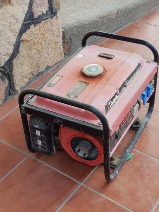 Generador de Gasolina de 2.5 Kwa.
