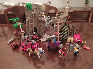 Lote Playmobil 4 -Castillo medieval + Barco Pirata