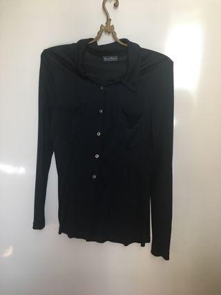 Camisa negra de punto italiana. T M