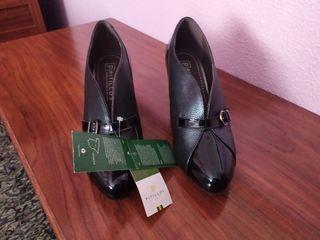 zapato abotinado mujer Pitillos