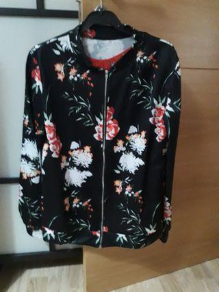 Chaqueta flores cremallera+regalo camiseta