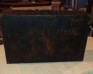 Antigua maleta de Madera Grande