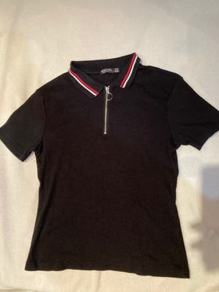 Camiseta estilo polo