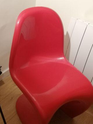 silla de diseño roja