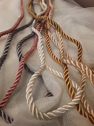 Cordones de seda merceria tapizaria