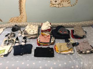 Bolsa de ropa y zapatos para niño (+ de 50 piezas)
