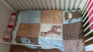Edredón y sábanas cuna