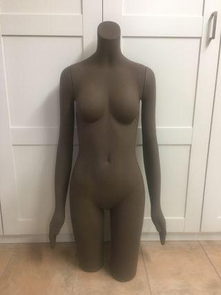 Maniqui color marron