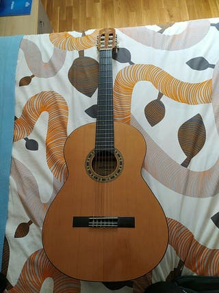 Admira Sevilla guitarra clasica